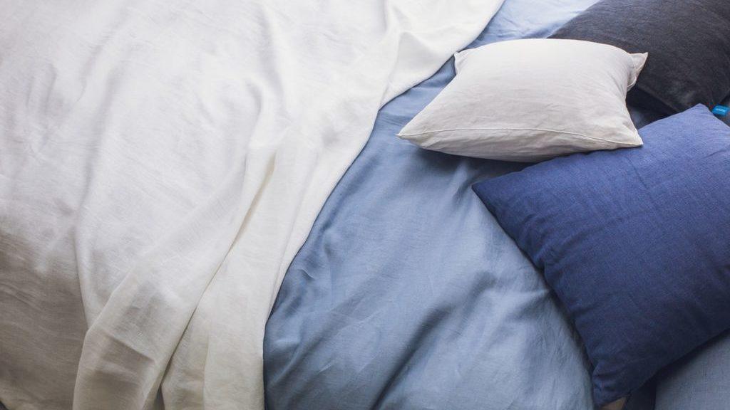 起き抜けのベッド