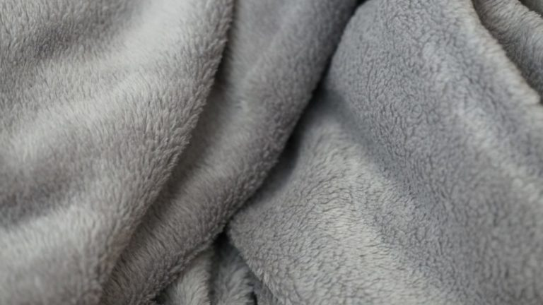 毛布の繊維