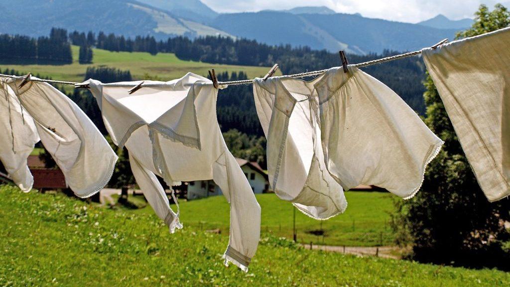 洗ったシャツ