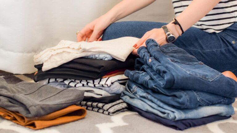 洗濯物を畳む